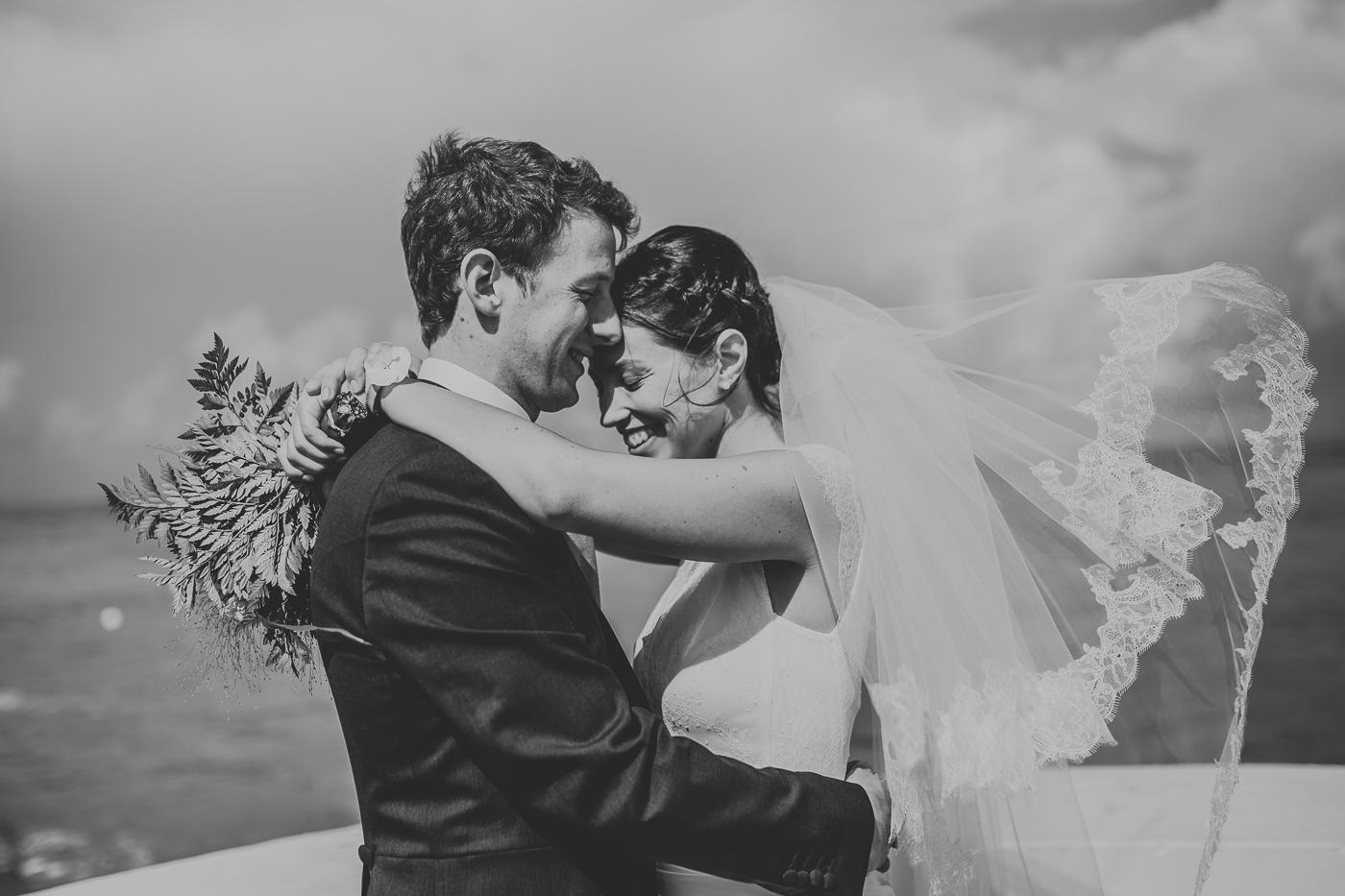 photographe de mariage dans la Manche au Chateau de la Crête