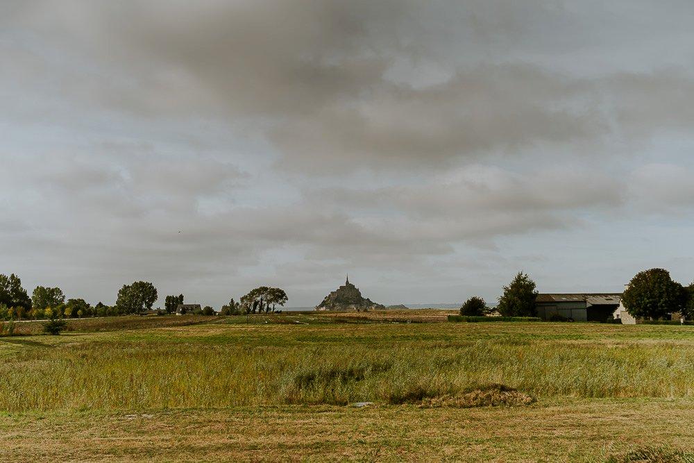 photographe-elopement-mont-saint-michel-normandie_0001.jpg