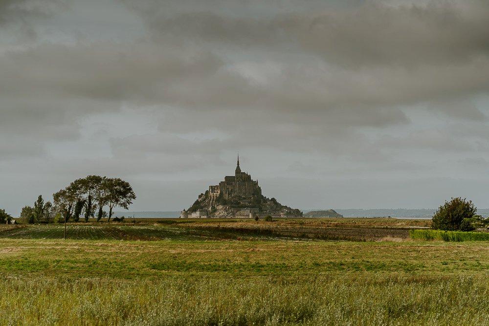 photographe-elopement-mont-saint-michel-normandie_0002.jpg
