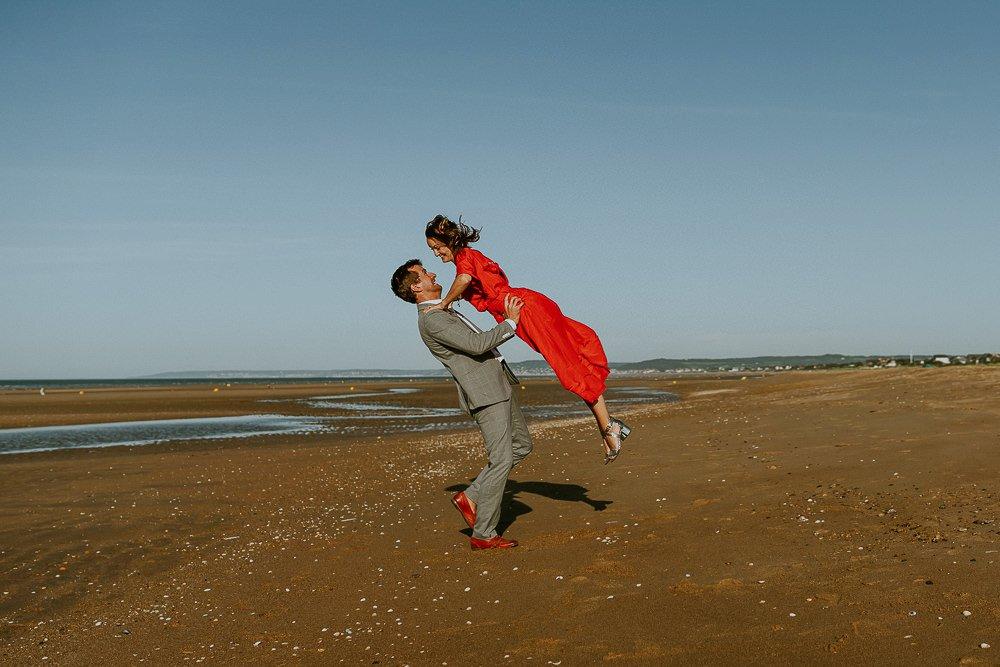 seance-photo-couple-rock-plage-normandie_0066.jpg