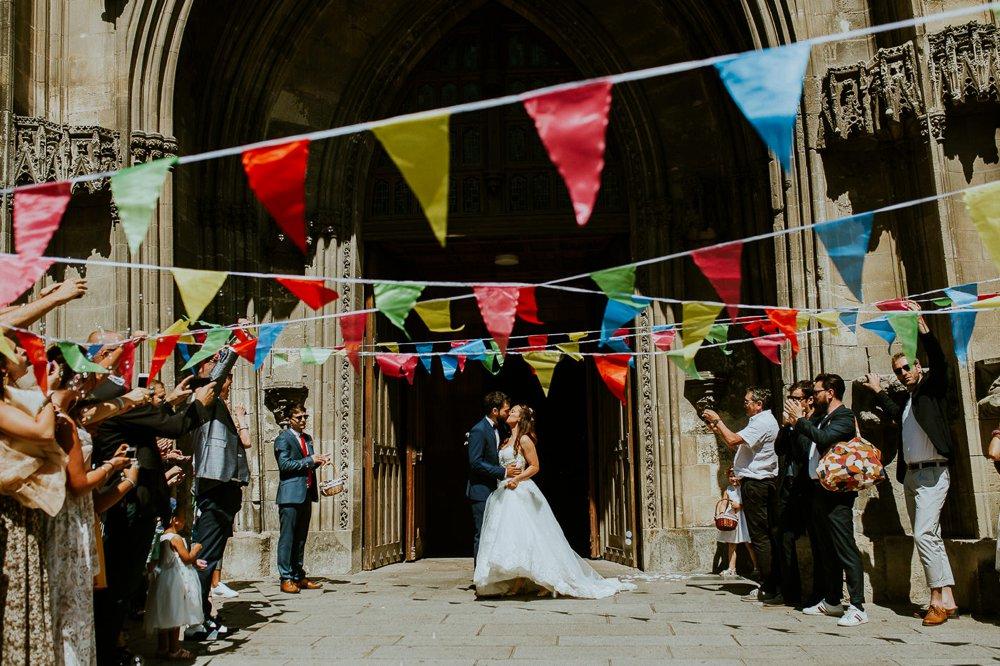 photographe-mariage-sortie-eglise-normandie_0003.jpg